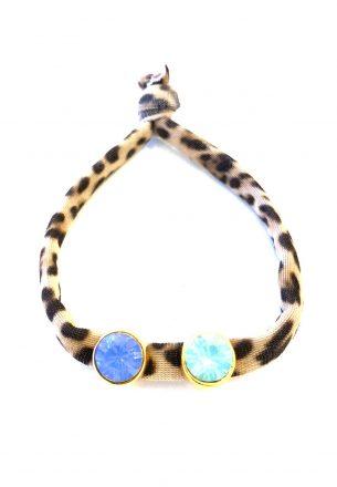 Elastisch tijgerbandje met blauw en mint goud steentje