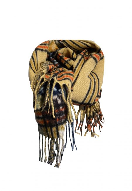 Lange wollige ruit shawl