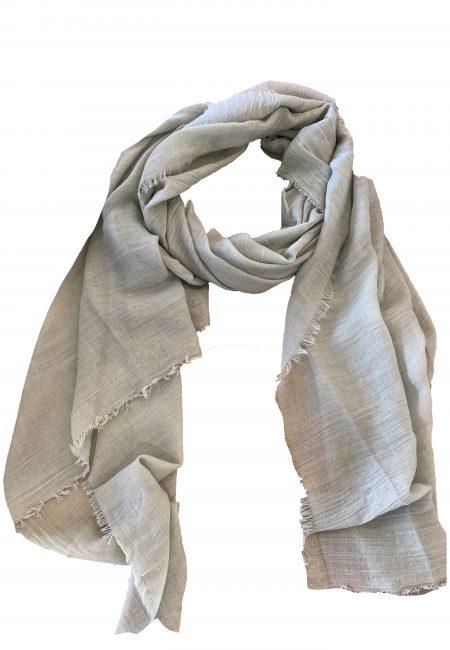 Dunne lange grijze shawl