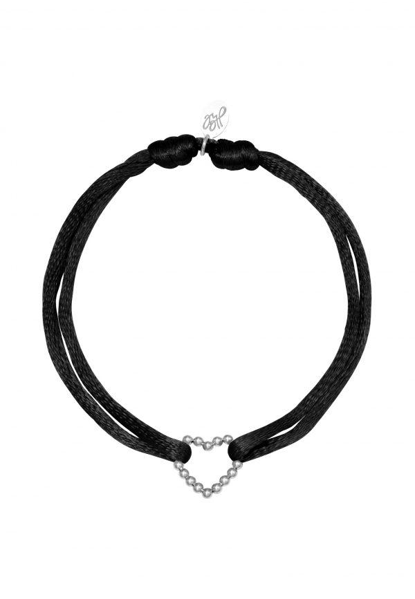 Zwart zijde verstelbaar armbandje met hartje