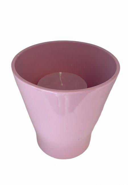 Roze aardewerk windlicht met kaars