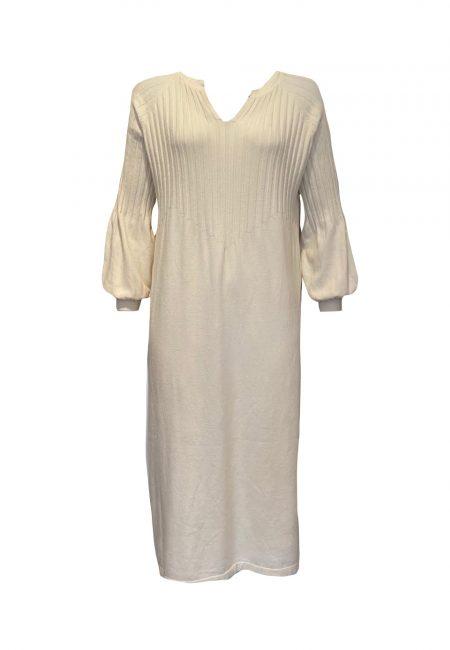 Wolwitte gebreide jurk